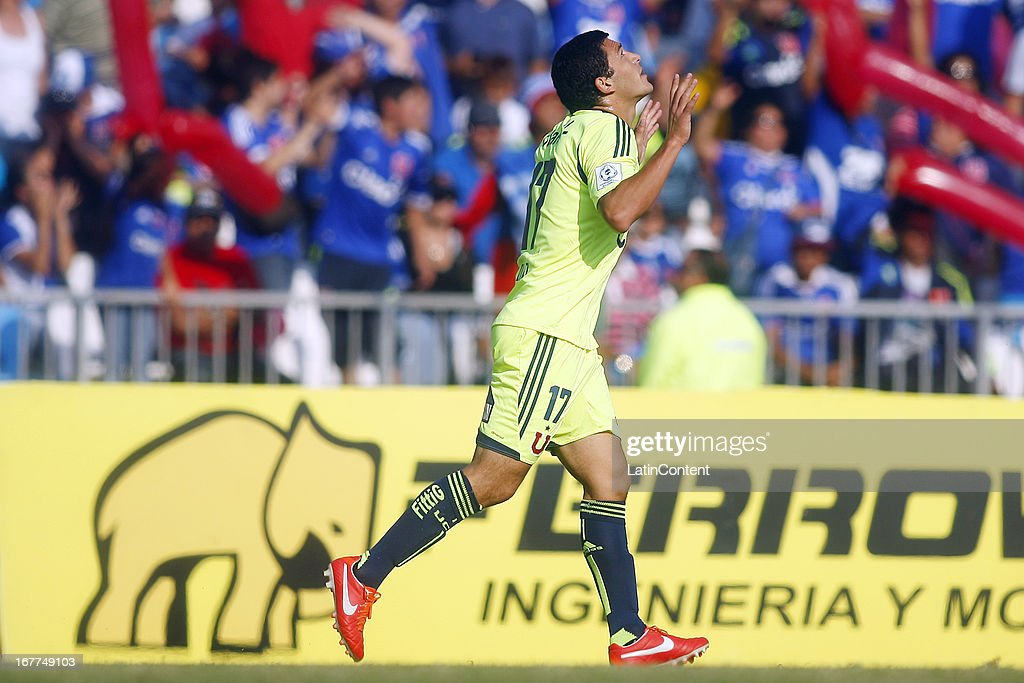 Issac Díaz of Universidad de Chile, celebrates a scored goal during a match between Universidad de Chile and Antofagasta as part of the Torneo Transicion 2013 at Bicentenario Calvo y Bascunan stadium on April 28, 2013 in Santiago, Chile.