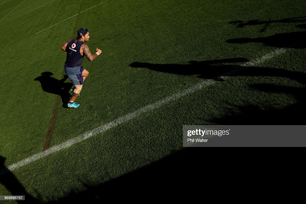 Issac Luke of the Warriors completes running drills during a New Zealand Warriors training session on May 2, 2018 in Auckland, New Zealand.