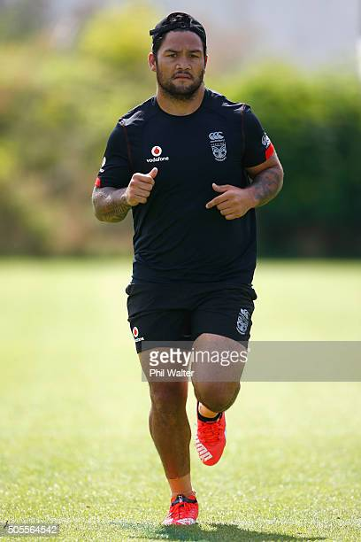 Issac Luke of the Warriors runs during a New Zealand Warriors NRL training session at Mt Smart Stadium on January 19, 2016 in Auckland, New Zealand.
