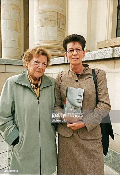 GERTRAUD WEISKER ist die COUSINE DER EVA BRAUN und hat als 20 jährige bei Eva Braun auf dem OBERSALZBERG gelebt weil diese sich dort einsam fühlte...