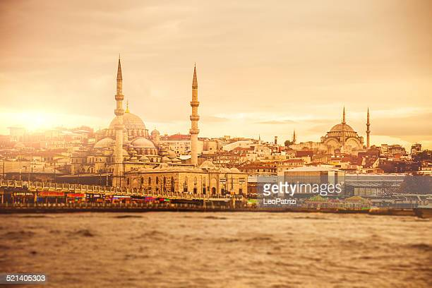 istanbul cityscape at dusk - istanbul province stock photos and pictures