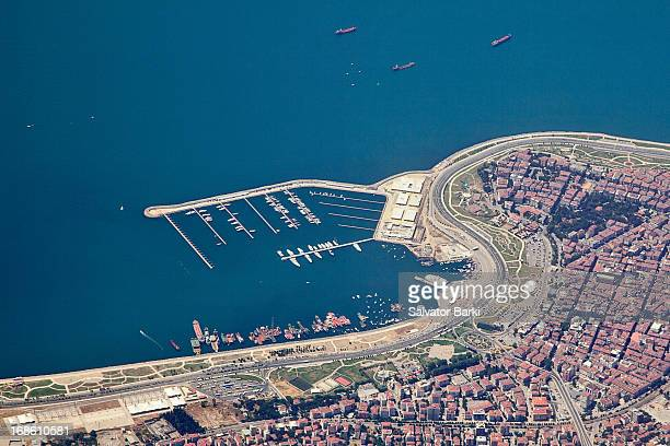 istanbul from 2000 feet - 2000 2009 stock pictures, royalty-free photos & images