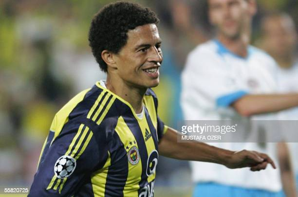 Alex De Souza of Fenerbahce Istanbul celebrates after his second goal against Psv Eindhoven during their UEFA Champions Laegue Group E match at Sukru...