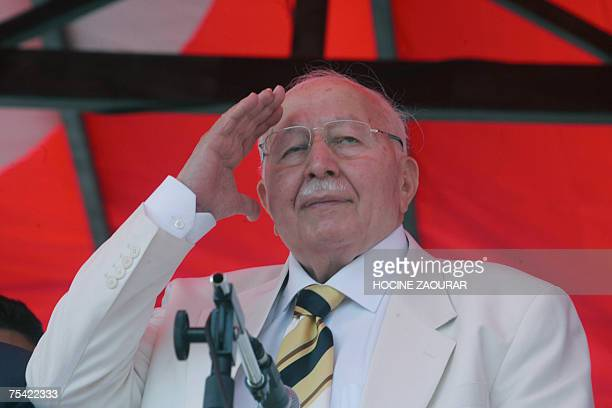 Necmettin Erbakan leader of Saadet party attends an election rally in Istanbul 15 July 2007 Turkey holds parliamentary elections on 22 July AFP PHOTO...