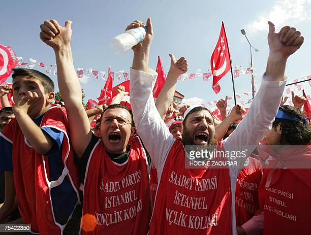 Supporters of Necmettin Erbakan leader of Saadet party attend an electoral rally in Istanbul 15 July 2007 Turkey holds parliamentary elections on 22...