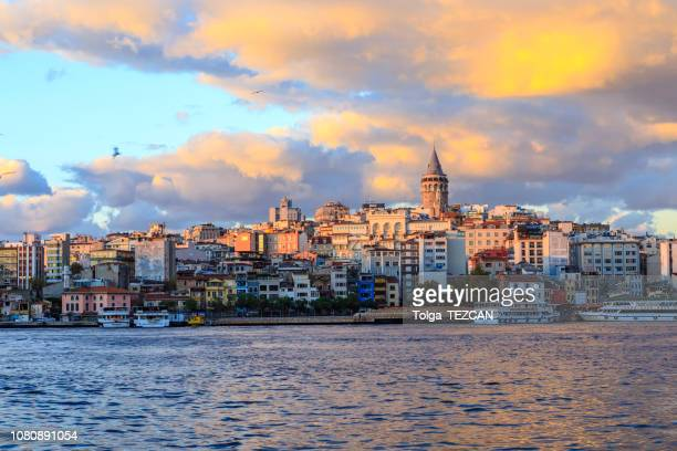 istanbul view across the golden horn with the galata tower in the background - istanbul stock pictures, royalty-free photos & images