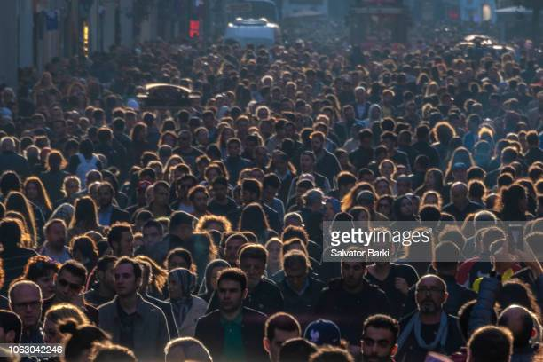 istiklal avenue, taksim - crowd of people stock pictures, royalty-free photos & images