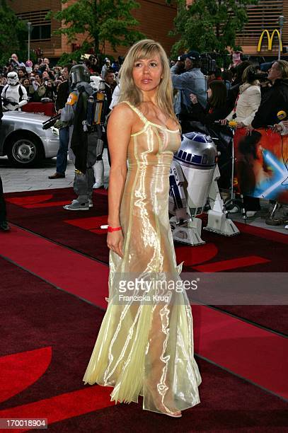 "It Girl Davorka Tovilo In Germany at Premiere Of ""Star Wars Episode Iii Revenge of the Sith,"" the theater at Potsdamer Platz Berlin."