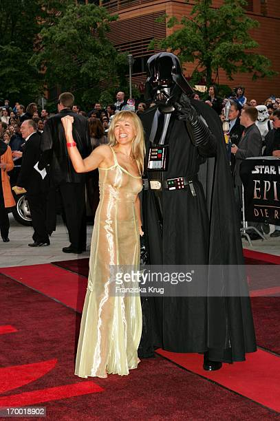 It Girl Davorka Tovilo With Darth Vader In Germany at Premiere Of 'Star Wars Episode Iii Revenge of the Sith' the theater at Potsdamer Platz Berlin