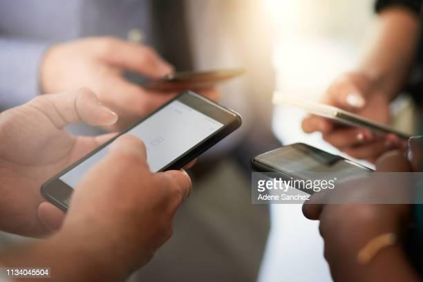 es zahlt sich aus, es intelligent zu halten - bring your own device stock-fotos und bilder