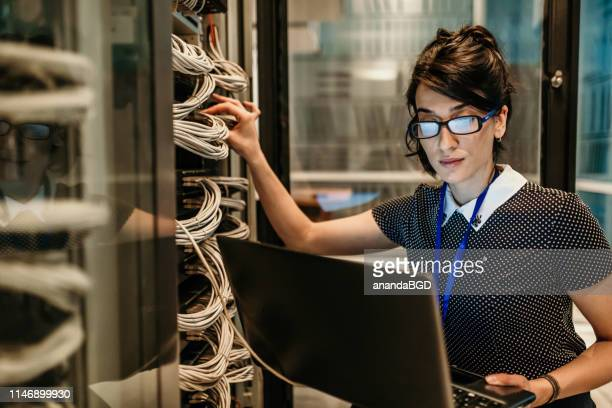 it support - data center stock pictures, royalty-free photos & images