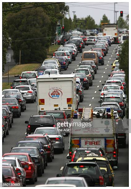 It was grid lock in Dandenong Rd Chadstone as shoppers flock to the shopping centre for the Boxing Day sales. Tuesday 26th December 2006. THE AGE...