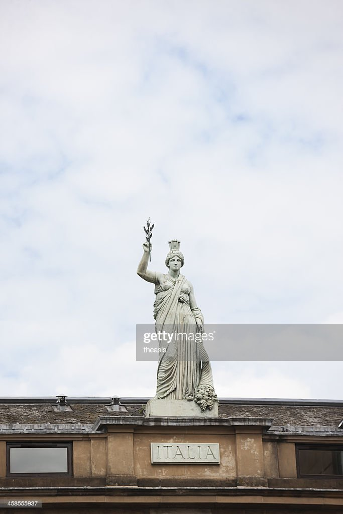 Italia Statue, Glasgow : Stock Photo