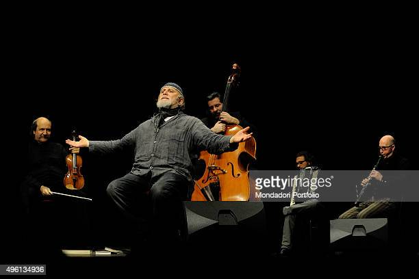 Italian actor, playwright and writer Moni Ovadia during the theatrical play Cabaret Yiddish, written and performed by Moni Ovadia himself in...