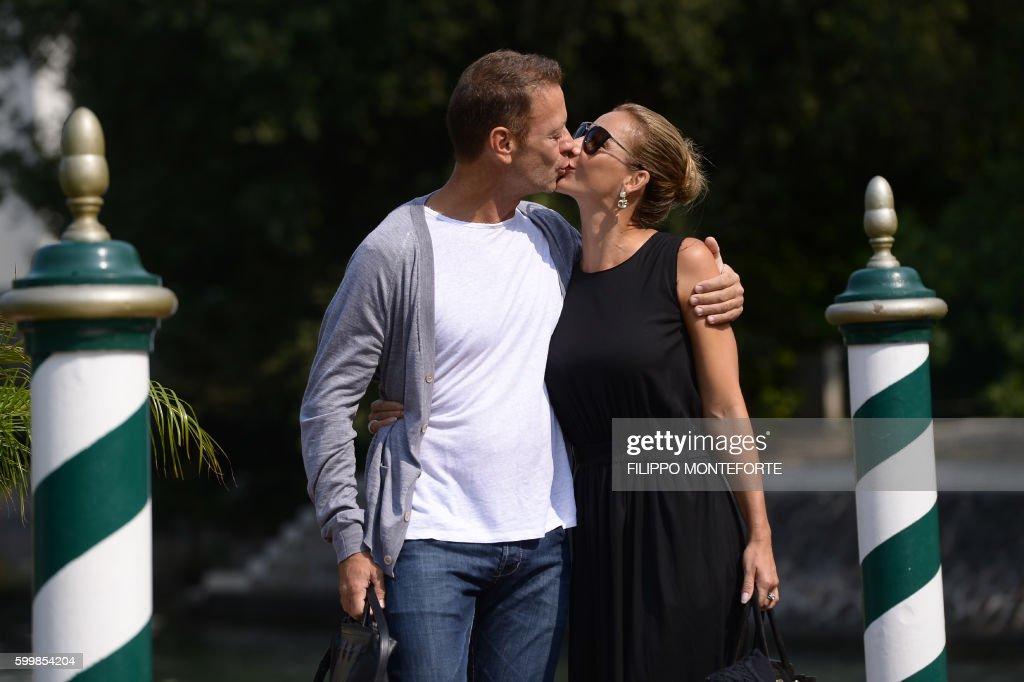 Italian actor rocco siffedri kisses his wife rosa caracciolo as they italy cinema festival venice mostra news photo m4hsunfo