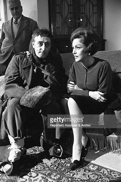 Italian actor Totò and Romenian actress Nadia Gray on the set of Letto a tre piazze 1960