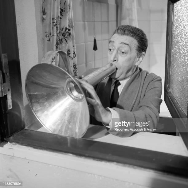 Italian actor Totò in the film Gli onorevoli 1963