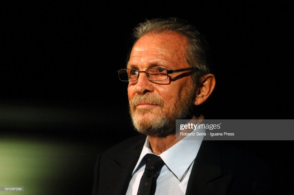 Italian actor Umberto Orsini during his reading of phylosophy about men and animals in show conference 'Animalia' for University of Bologna at aula magna Santa Lucia on May 27, 2010 in Bologna, Italy.