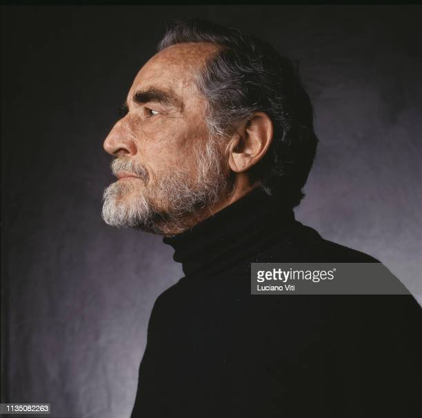 1 245 Vittorio Gassman Photos And Premium High Res Pictures Getty Images