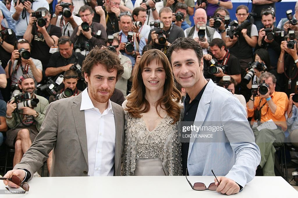Italian actors Elio Germano (L), Stefania Montorsi and Raoul Bova pose during the photocall of 'La Nostra Vita' (Our Life) presented in competition at the 63rd Cannes Film Festival on May 20, 2010 in Cannes.