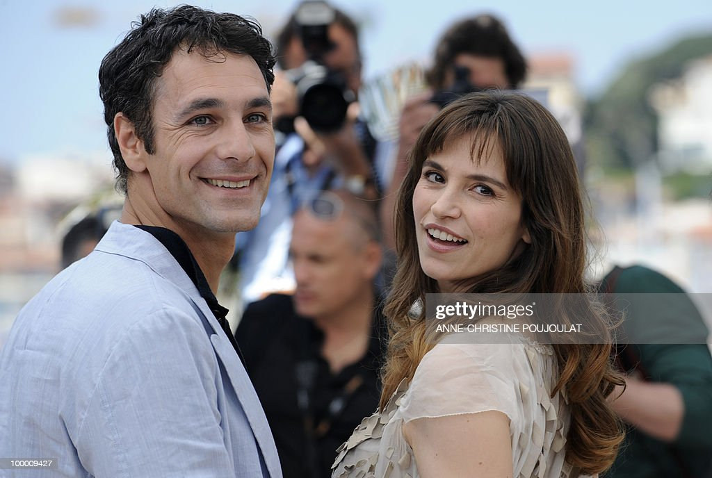 Italian actors Stefania Montorsi and Raoul Bova pose during the photocall of 'La Nostra Vita' (Our Life) presented in competition at the 63rd Cannes Film Festival on May 20, 2010 in Cannes.