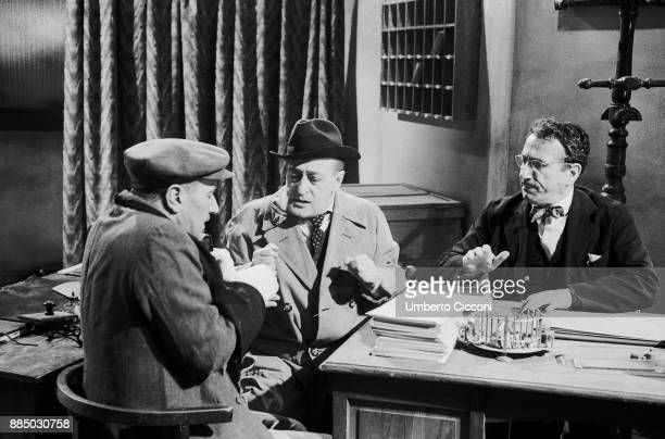 Italian actors Totò Peppino De Filippo and Peppino De Martino acting during the shooting of 'La cambiale' an Italian comedy film directed by Camillo...