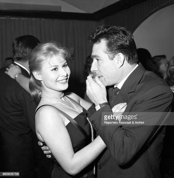 Italian actors Ugo Tognazzi and Marisa Allasio dancing in the famous Roman club Kit Kat for the election party of Miss Cocktail. Rome, 1957