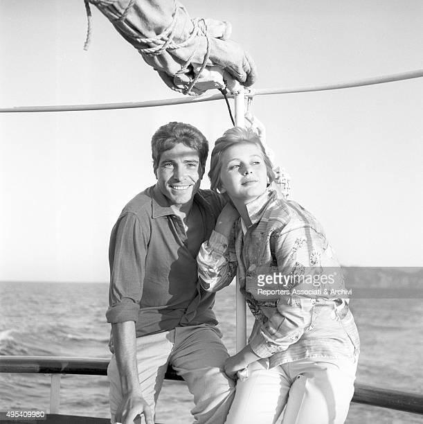 Italian actress Alessandra Panaro and Italian actor Renato Speziali smiling and carefree in the film Avventura a Capri Capri 1958