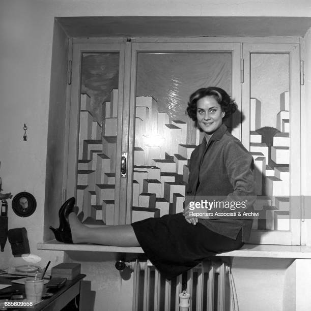 Italian actress Alida Valli in her house 1957