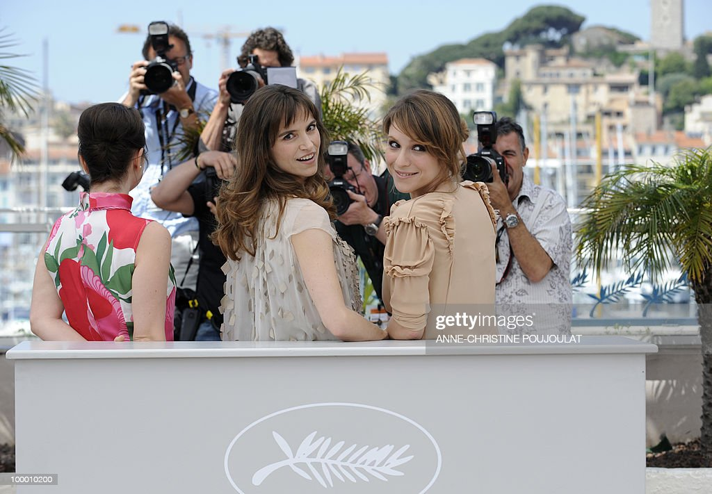 Italian actress Alina Berzenteanu (L), Italian actress Stefania Montorsi (C) and Italian actress Isabella Ragonese pose during the photocall of 'La Nostra Vita' (Our Life) presented in competition at the 63rd Cannes Film Festival on May 20, 2010 in Cannes.