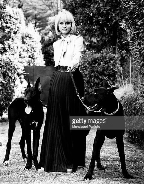 Italian actress and singer Carmen Villani acting in the film Brigitte Laura Ursula Monica Raquel Litz Florinda Barbara Claudia e Sofia le chiamo...