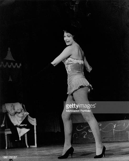 Italian actress and soubrette Lucia Folli presenting the show Chiamate Arturo 777 at the Teatro Lirico Milan September 1958