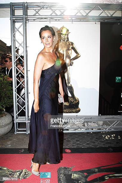 Italian actress Anna Kanakis arrives for the David di Donatello Movie Awards at the Auditorium della Conciliazione on May 8, 2009 in Rome, Italy.