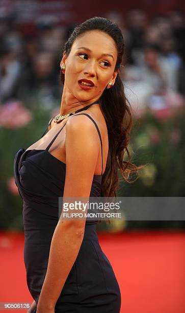 Italian actress Dajana Roncione arrives for the screening of Il grande sogno at the Venice film festival on September 9 2009 Il grande sogno is...