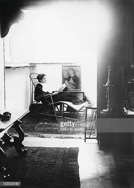 Italian actress Eleonora Duse in her flat in Venice October 1894