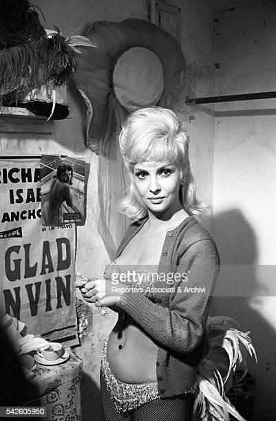 Italian actress Gina Lollobrigida during a break on the set of in La bellezza di Ippolita 1962