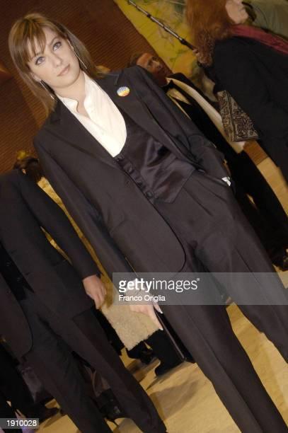 Italian actress Giovanna Mezzogiorno arrives at the David Di Donatello Awards April 9 2003 in Rome Italy