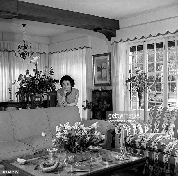 Italian actress Giulietta Masina posing in the living room of her house in Fregene Fiumicino 1967
