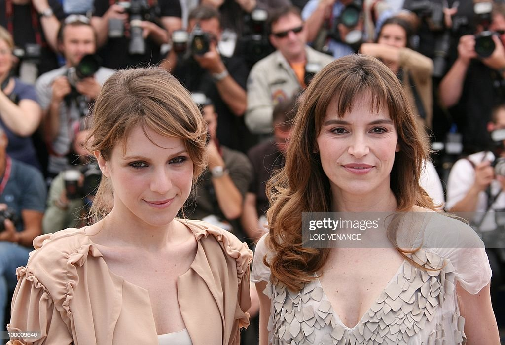 Italian actress Isabella Ragonese (L) and Italian actress Stefania Montorsi pose during the photocall of 'La Nostra Vita' (Our Life) presented in competition at the 63rd Cannes Film Festival on May 20, 2010 in Cannes.