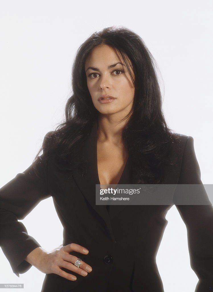 Italian actress Maria Grazia Cucinotta as assassin Giulietta da Vinci in a publicity still for the James Bond film 'The World Is Not Enough', 1999.