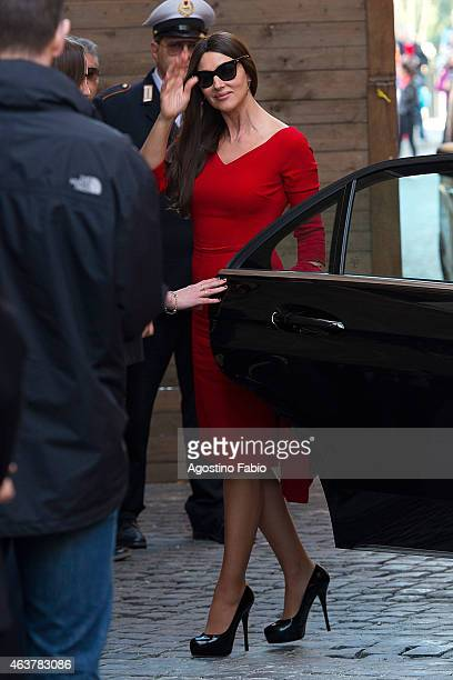 Italian actress Monica Bellucci arrives at Palazzo Senatorio the city hall of Rome for a photocall to promote the 24th 007 movie 'Spectre' on...