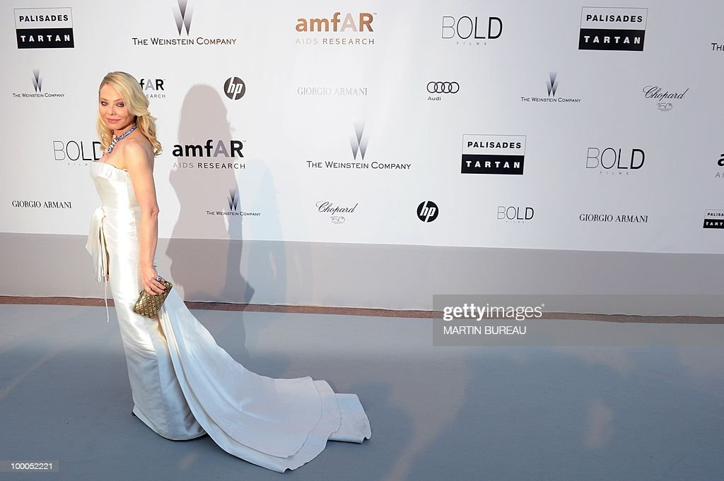 Italian actress Ornella Muti poses while arriving to attend the 2010 amfAR's Cinema Against Aids on May 20, 2010 in Antibes, southeastern France.