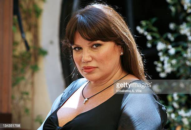 Italian actress Serena Grandi poses for a photocall to promote the movie 'Il Papa Di Giovanna' at L'Antica Pesa Restaurant on June 4, 2008 in Rome,...