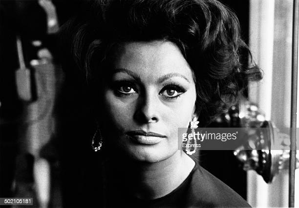 Italian actress Sophia Loren at a photocall in London 4th November 1965