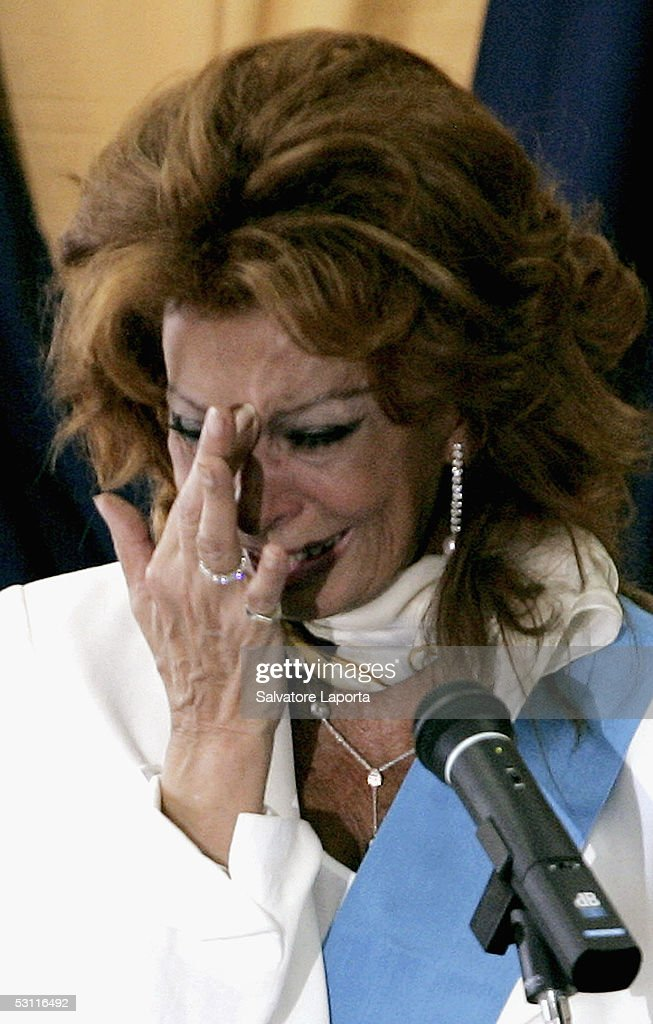 Italian actress Sophia Loren cries as she receives a Civitas Award in her home town, the village of Pozzuoli, June 22, 2005 in Pozzuoli Italy.