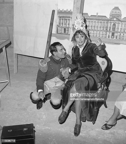 264 Sophia Loren 1955 Photos And Premium High Res Pictures Getty Images