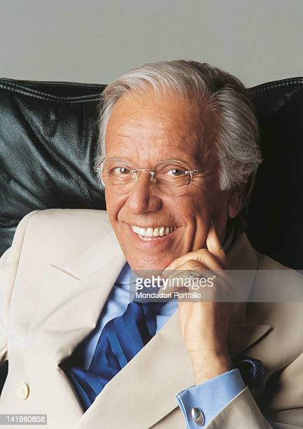 Italian anchorman and columnist Gianfranco Funari seated 2000