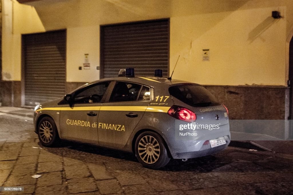 Blitz against organised crime and drug trafficking in Naples