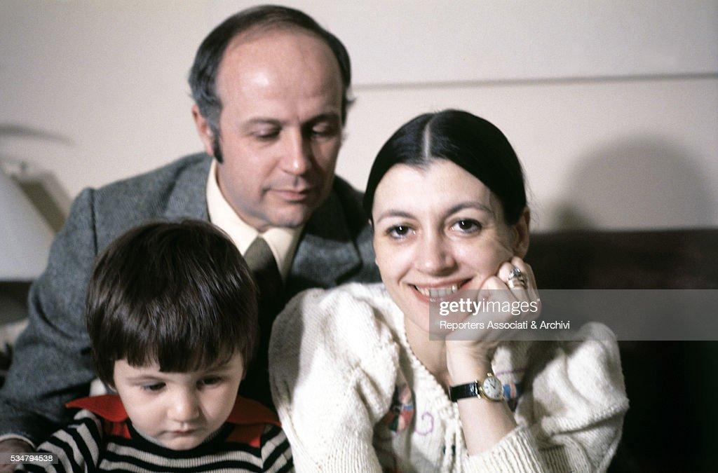 Carla Fracci and Beppe Menegatti with their son Francesco : News Photo
