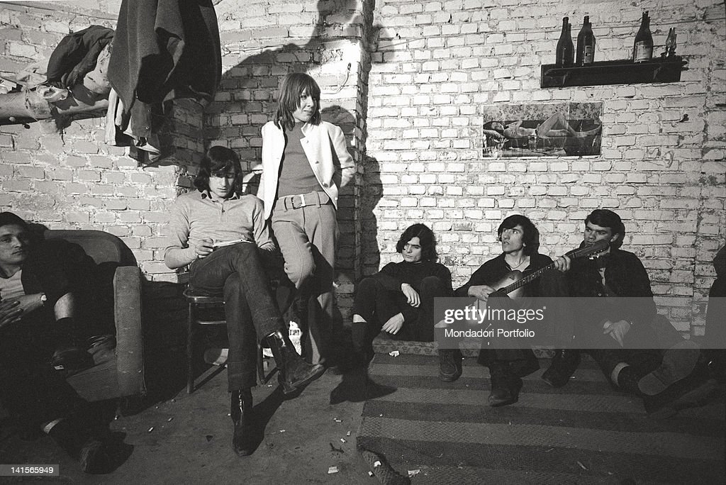 Beatniks In A Club : News Photo